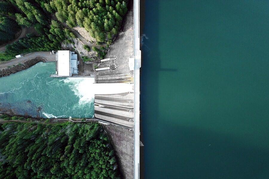 odnawialne-zrodla-energii-energia-wodna